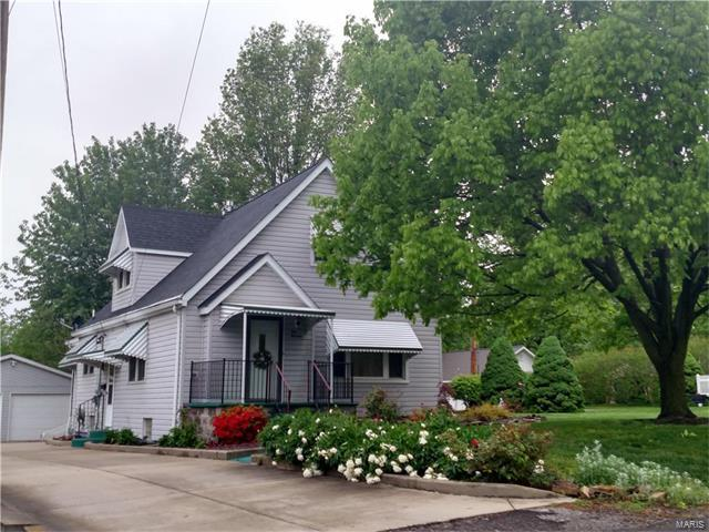 119 S Young, Columbia, IL 62236 (#17076788) :: Fusion Realty, LLC