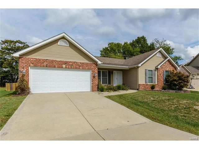 1221 Peaceful Valley, Dardenne Prairie, MO 63368 (#17077662) :: The Kathy Helbig Group