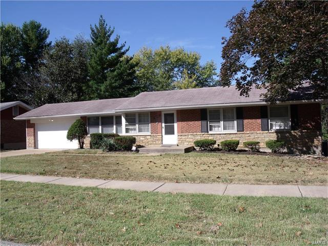 10401 Bellefontaine Road, Bellefontaine Nghbrs, MO 63137 (#17078648) :: Clarity Street Realty