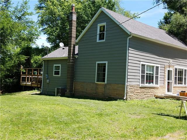 3131 Taylor Avenue, Maryland Heights, MO 63043 (#17079558) :: RE/MAX Vision