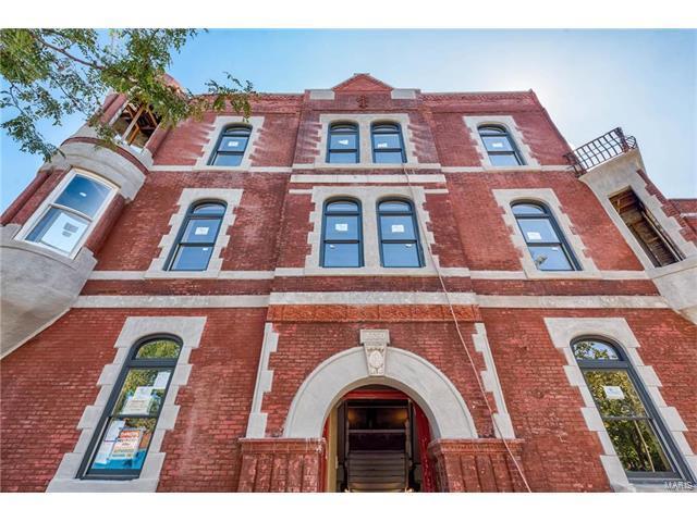 2330 S 12th Street #100, St Louis, MO 63104 (#17079650) :: Sue Martin Team
