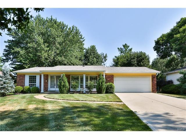 15723 Callender Court, Chesterfield, MO 63017 (#17079904) :: Kelly Hager Group | Keller Williams Realty Chesterfield