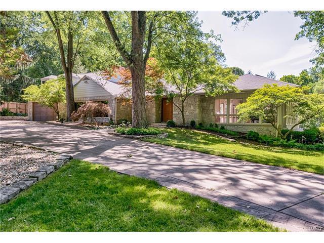 110 Dielman Road, Ladue, MO 63124 (#17079947) :: RE/MAX Vision