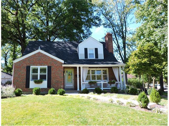2301 Saint Clair Avenue, Brentwood, MO 63122 (#17080756) :: Clarity Street Realty