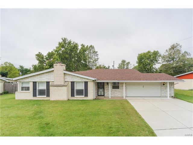 204 Merriweather Lane, Fairview Heights, IL 62208 (#17081021) :: Clarity Street Realty