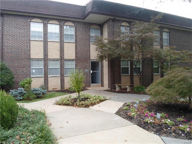 10313 Corbeil A, St Louis, MO 63146 (#17081390) :: Carrington Real Estate Services