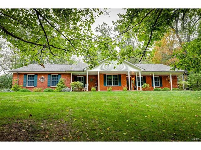 5200 Fawn Drive, Columbia, IL 62236 (#17081472) :: Holden Realty Group - RE/MAX Preferred