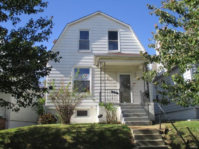 4758 Dahlia Avenue, St Louis, MO 63116 (#17081538) :: The Kathy Helbig Group