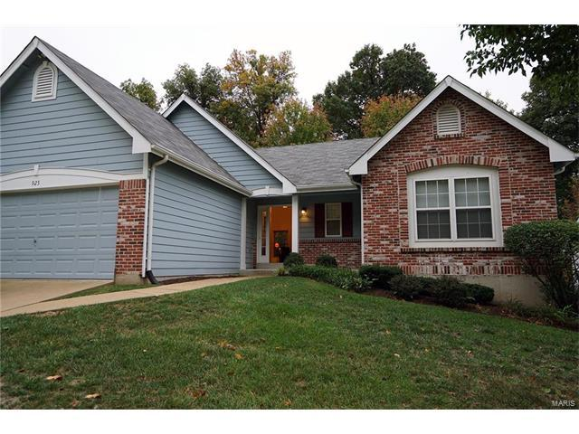925 Laws Court, Valley Park, MO 63088 (#17081829) :: The Becky O'Neill Power Home Selling Team