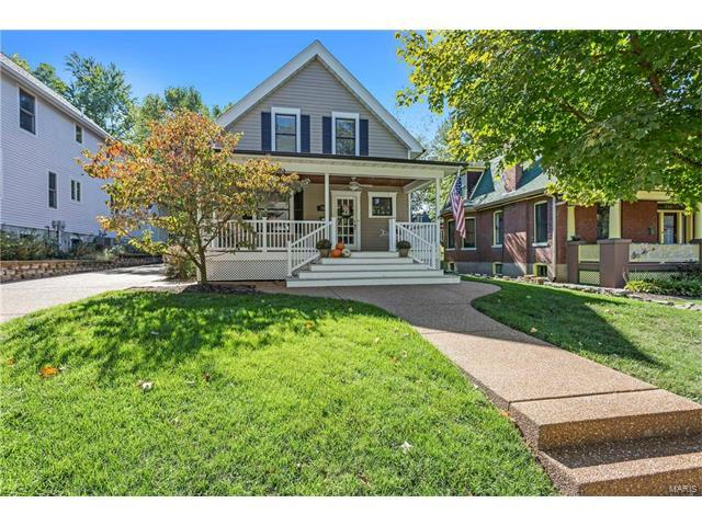 714 Clark Avenue, Webster Groves, MO 63119 (#17082327) :: Clarity Street Realty