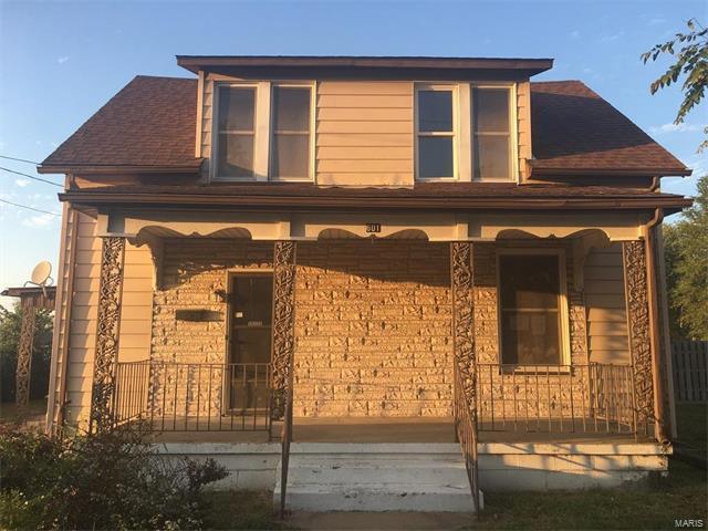 601 W Broadway Street, SPARTA, IL 62286 (#17082579) :: RE/MAX Vision