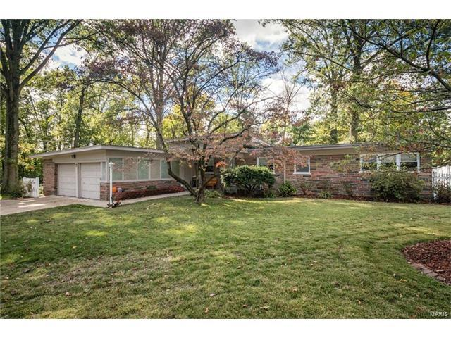 7 Heather Drive, Belleville, IL 62221 (#17082620) :: Holden Realty Group - RE/MAX Preferred