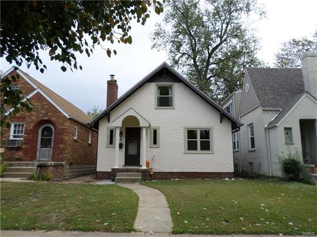 2030 Bredell Avenue, St Louis, MO 63143 (#17082873) :: Clarity Street Realty
