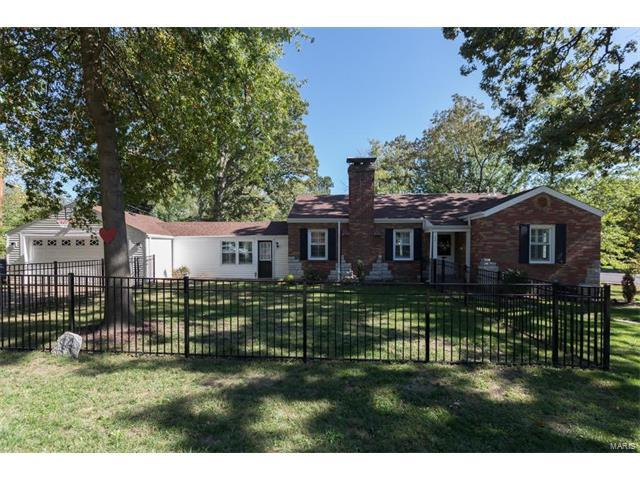 14 Woodhaven, Webster Groves, MO 63119 (#17082905) :: Clarity Street Realty