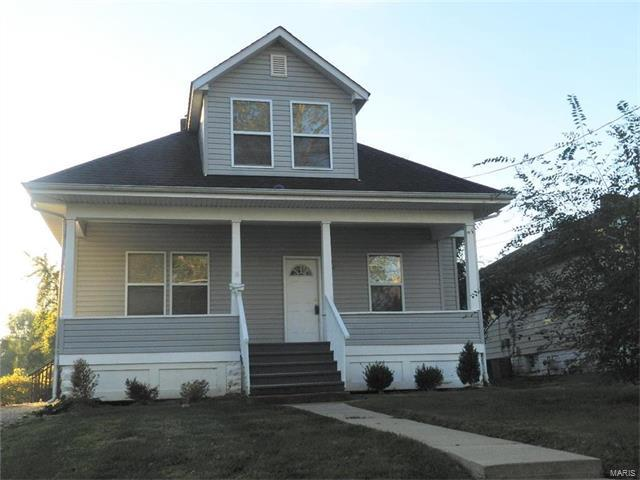 16 N 44th Street, Belleville, IL 62226 (#17084305) :: Fusion Realty, LLC