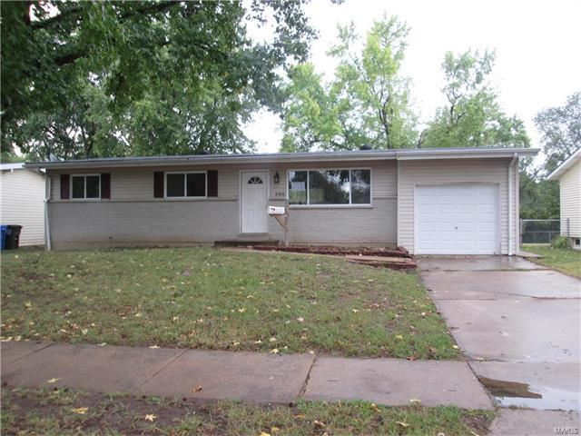 220 Humes, Florissant, MO 63031 (#17084545) :: Clarity Street Realty