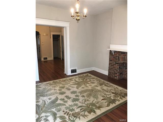 4740 Alaska, St Louis, MO 63111 (#17084626) :: The Becky O'Neill Power Home Selling Team