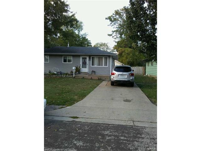 235 E Ripa Avenue, St Louis, MO 63125 (#17084726) :: Clarity Street Realty