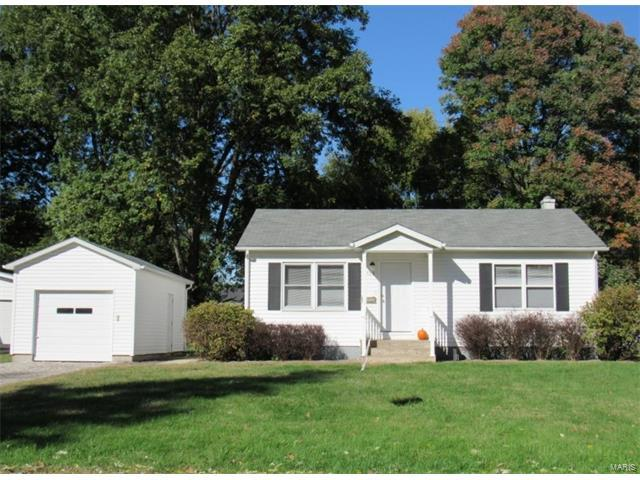 506 E Jefferson Street, O'Fallon, IL 62269 (#17084734) :: Clarity Street Realty