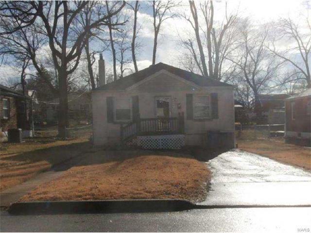 9216 Wabaday Avenue, St Louis, MO 63114 (#17084791) :: Clarity Street Realty