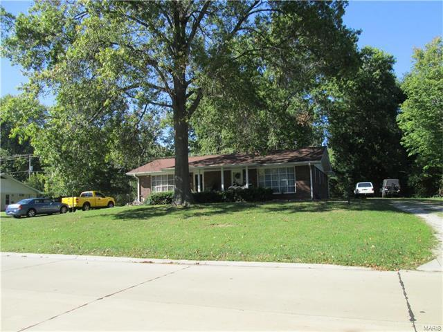 25 Magnolia Drive, Belleville, IL 62221 (#17086710) :: Clarity Street Realty