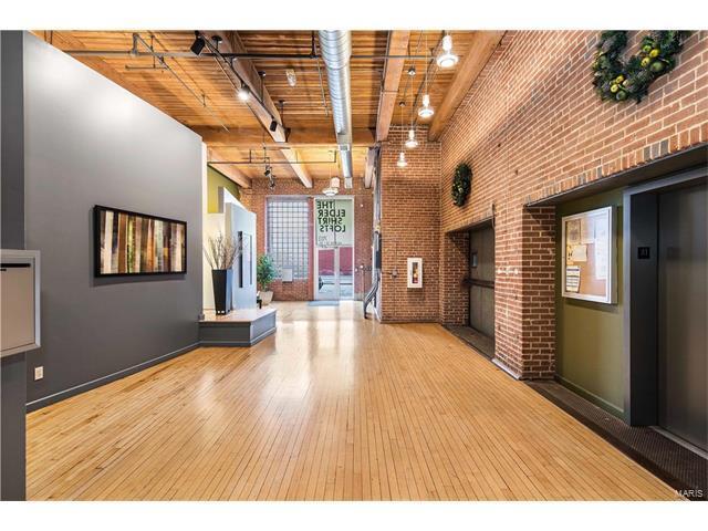 703 N 13th #406, St Louis, MO 63103 (#17086737) :: Carrington Real Estate Services