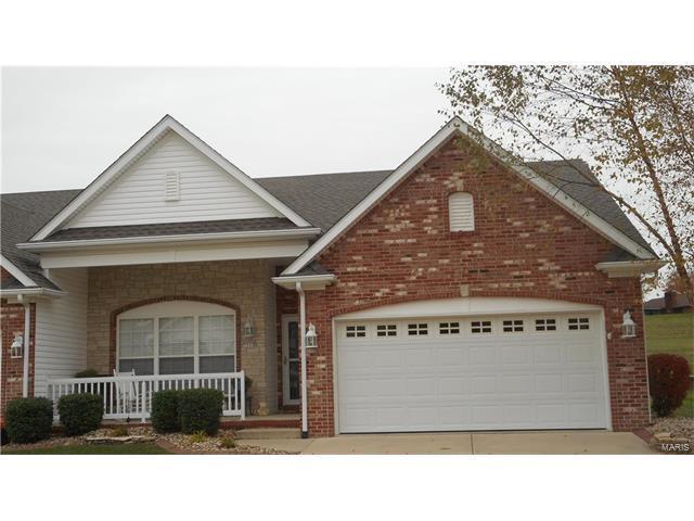 5009 Castlegate Lane, Godfrey, IL 62035 (#17087607) :: Carrington Real Estate Services