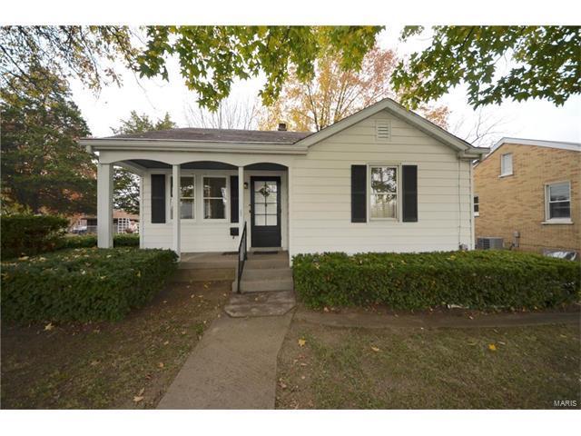 518 N 17th Street, Belleville, IL 62226 (#17087615) :: Clarity Street Realty