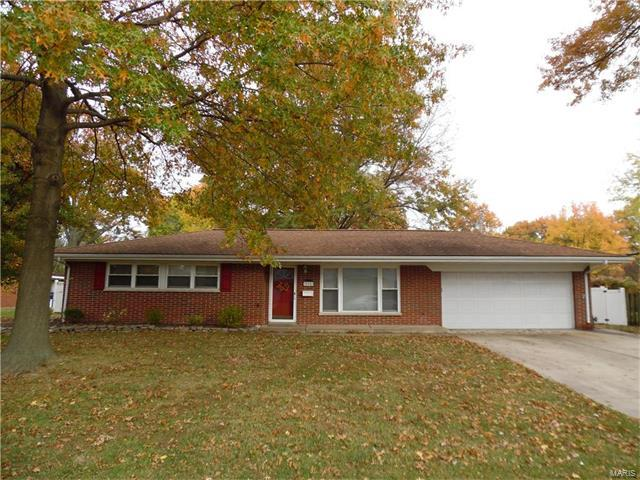 504 Springdale Drive, Belleville, IL 62223 (#17087818) :: Clarity Street Realty