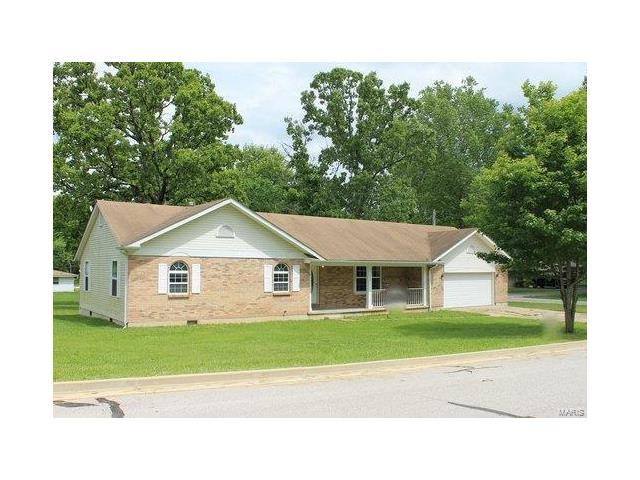 1404 S Louise, Salem, MO 65560 (#17088048) :: Clarity Street Realty