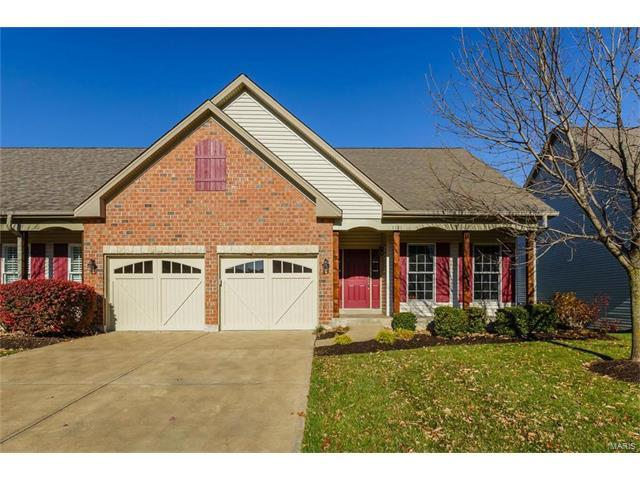 1121 Spruce Forest Drive, Lake St Louis, MO 63367 (#17088383) :: Sue Martin Team