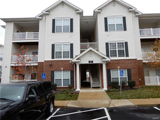 27 Kassebaum #201, St Louis, MO 63129 (#17089110) :: Carrington Real Estate Services