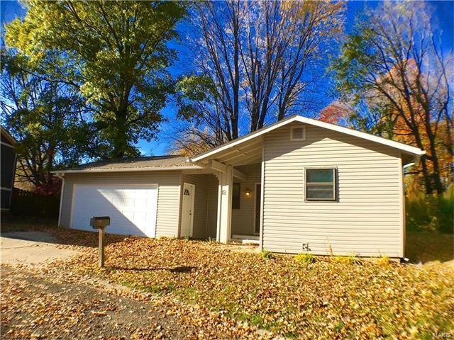 12 Saddlewood Lane, Glen Carbon, IL 62034 (#17089214) :: Fusion Realty, LLC