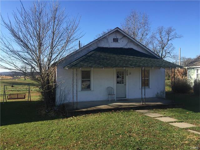 112 N Chestnut, Richland, MO 65556 (#17090229) :: Walker Real Estate Team