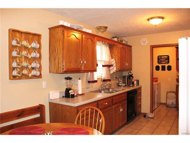 1224 Lacy, Lebanon, MO 65536 (#17090353) :: Walker Real Estate Team