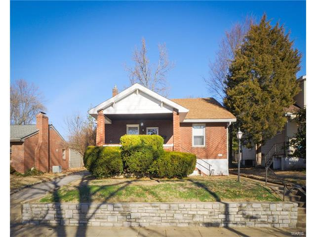 8911 Pine Avenue, Brentwood, MO 63144 (#17090457) :: Clarity Street Realty