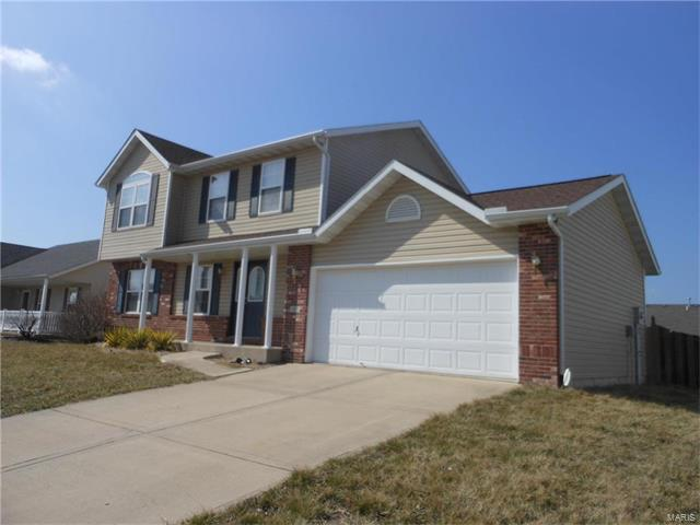 1915 Arlington, Maryville, IL 62062 (#17091328) :: Clarity Street Realty
