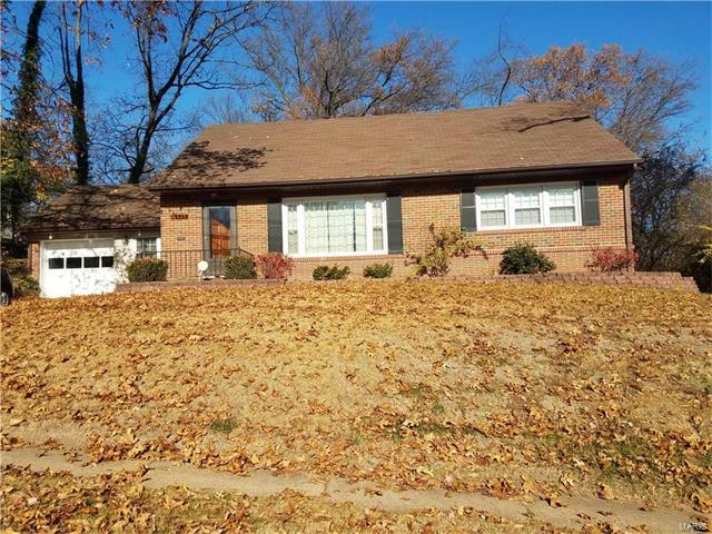 525 Darst Road, St Louis, MO 63135 (#17093493) :: Clarity Street Realty