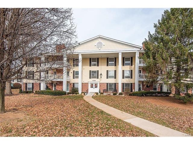 1525 Hampton Hall #6, Chesterfield, MO 63017 (#17093771) :: Sue Martin Team