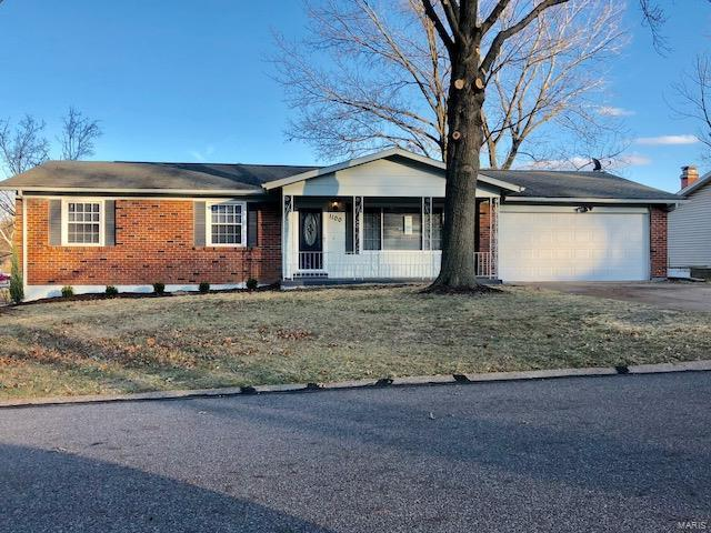1100 King Carey, Creve Coeur, MO 63146 (#17093807) :: St. Louis Finest Homes Realty Group