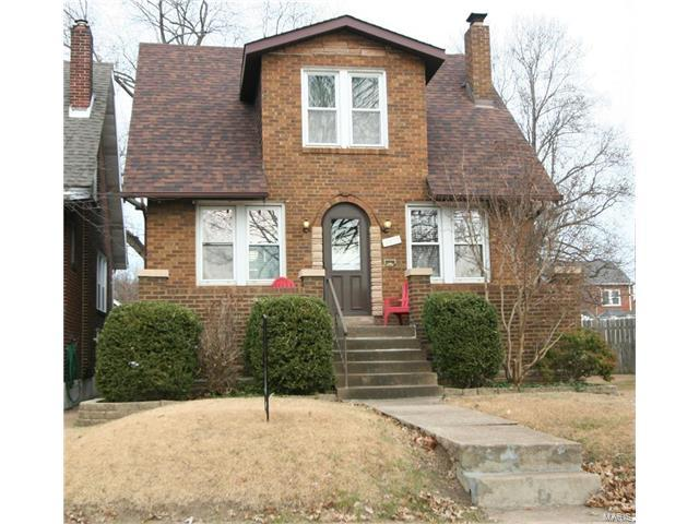 6425 Lindenwood Place, St Louis, MO 63109 (#17093916) :: RE/MAX Vision