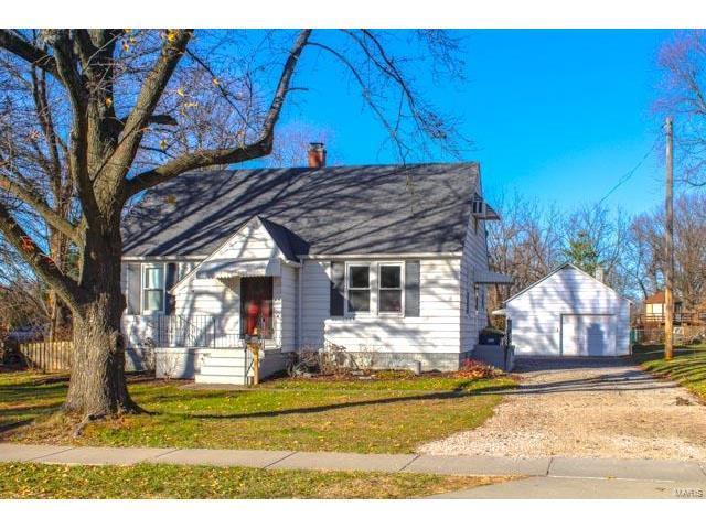 713 Frederick Street, Edwardsville, IL 62025 (#17094109) :: Fusion Realty, LLC