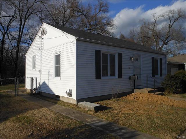 125 March, Collinsville, IL 62234 (#17094446) :: Holden Realty Group - RE/MAX Preferred