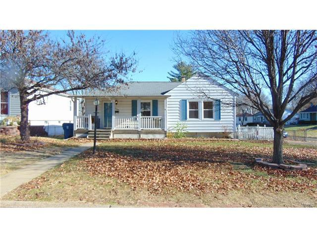 9503 Lydell Drive, Unincorporated, MO 63123 (#17095095) :: RE/MAX Vision