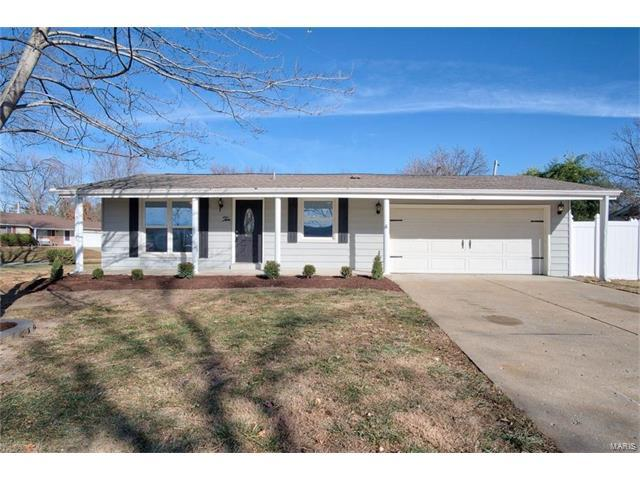 10 Kingsway Drive, Wentzville, MO 63385 (#17095397) :: RE/MAX Vision