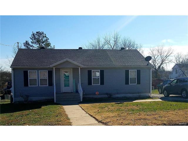 208 Locust Street, Richland, MO 65556 (#17095876) :: Walker Real Estate Team