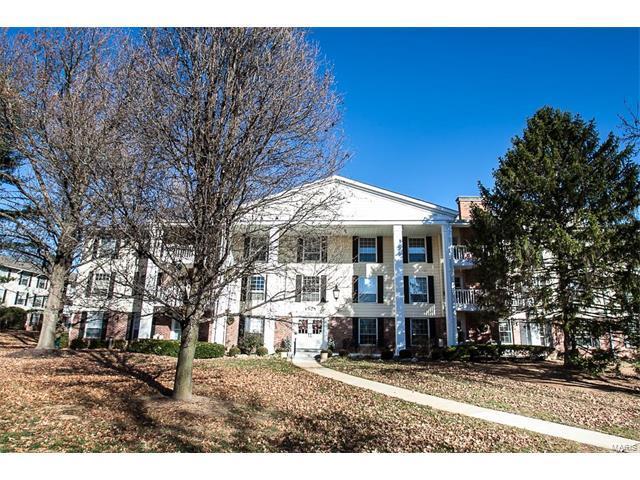 1525 Hampton Hall #8, Chesterfield, MO 63017 (#17096025) :: Sue Martin Team