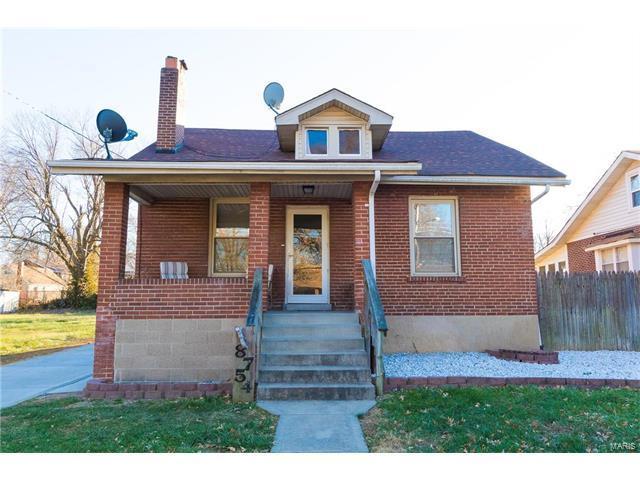 8754 Burton Avenue, St Louis, MO 63114 (#17096491) :: Clarity Street Realty