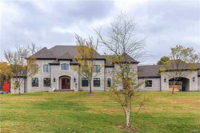 13659 Mason Heights, Town and Country, MO 63131 (#17096617) :: St. Louis Realty