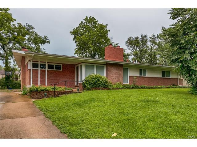 815 Renee Lane, Creve Coeur, MO 63141 (#17097068) :: St. Louis Finest Homes Realty Group